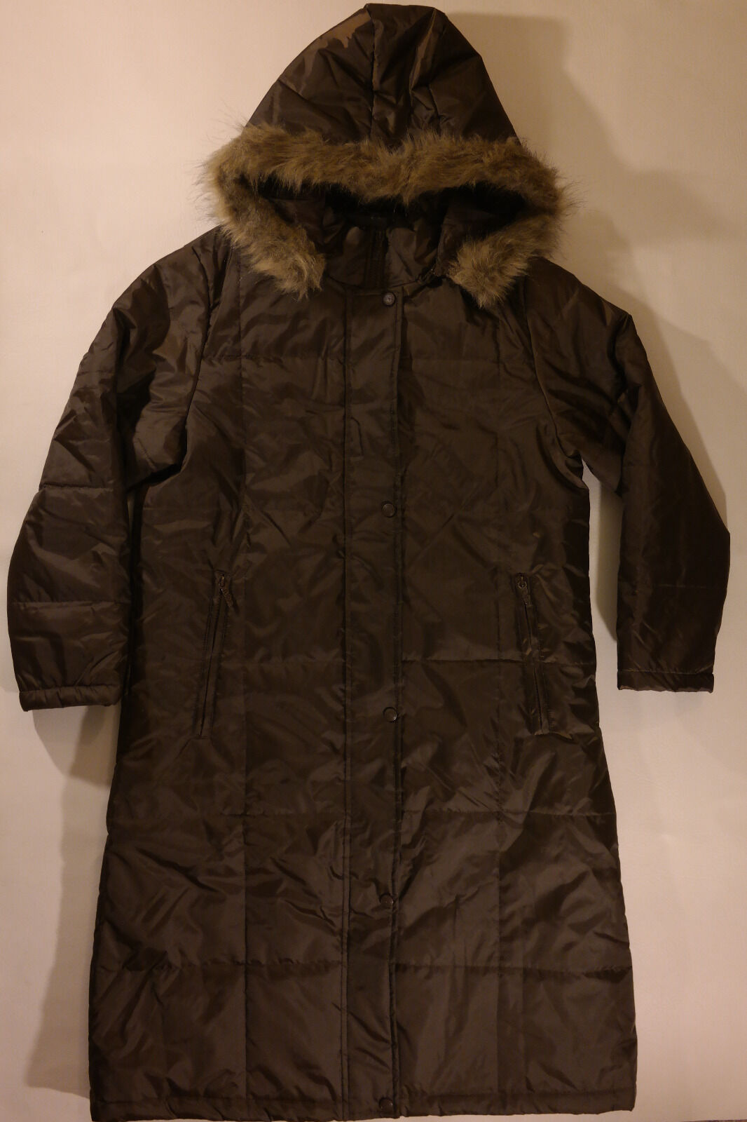 WOMEN'S S, LONG, BROWN PUFFER COAT W HOODIE BY TOTES  100% POLYESTER.