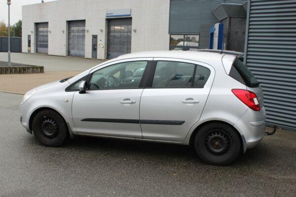 Opel Corsa 1,4 16V Cosmo - billede 1