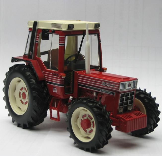 Replicagri 1 32 scala internazionale 856 XL trattore modellolo