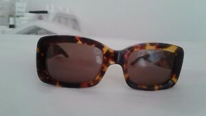 84010adec1296 Image is loading GUCCI-SUNGLASSES-2407-S-Tortoise-RARE-WOMEN-FASHION-