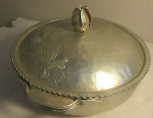 Vintage-Aluminum-bowl-raised-stamped-tulips-flowers-lid-hammered-scalloped