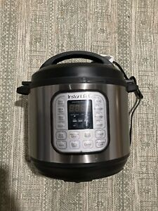 Instant-Pot-DUO80-8-Quart-7-in-1-Slow-Cooker-Silver