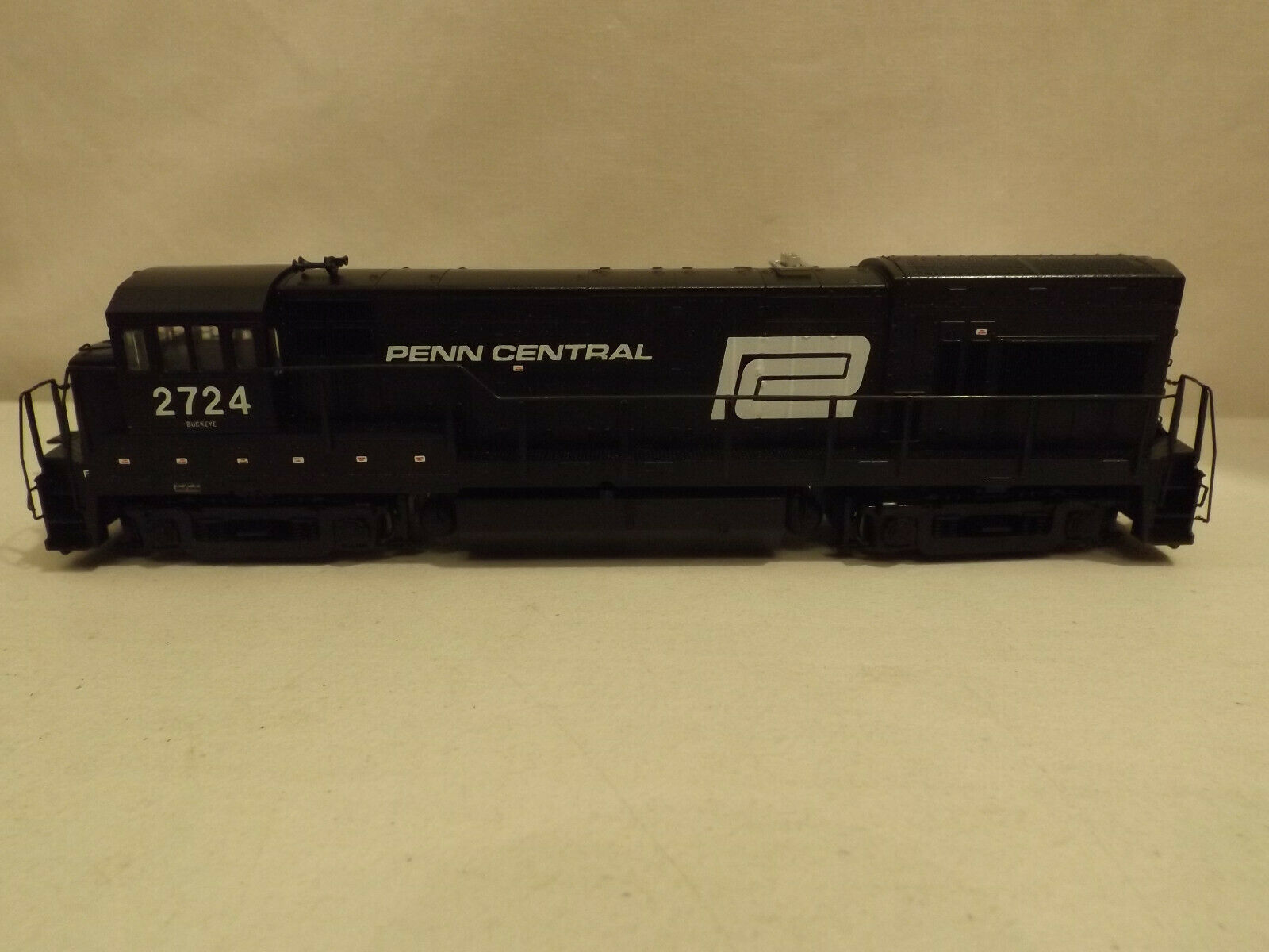 HO Atlas Penn Central  2724 U23B diesel engine in original scatola