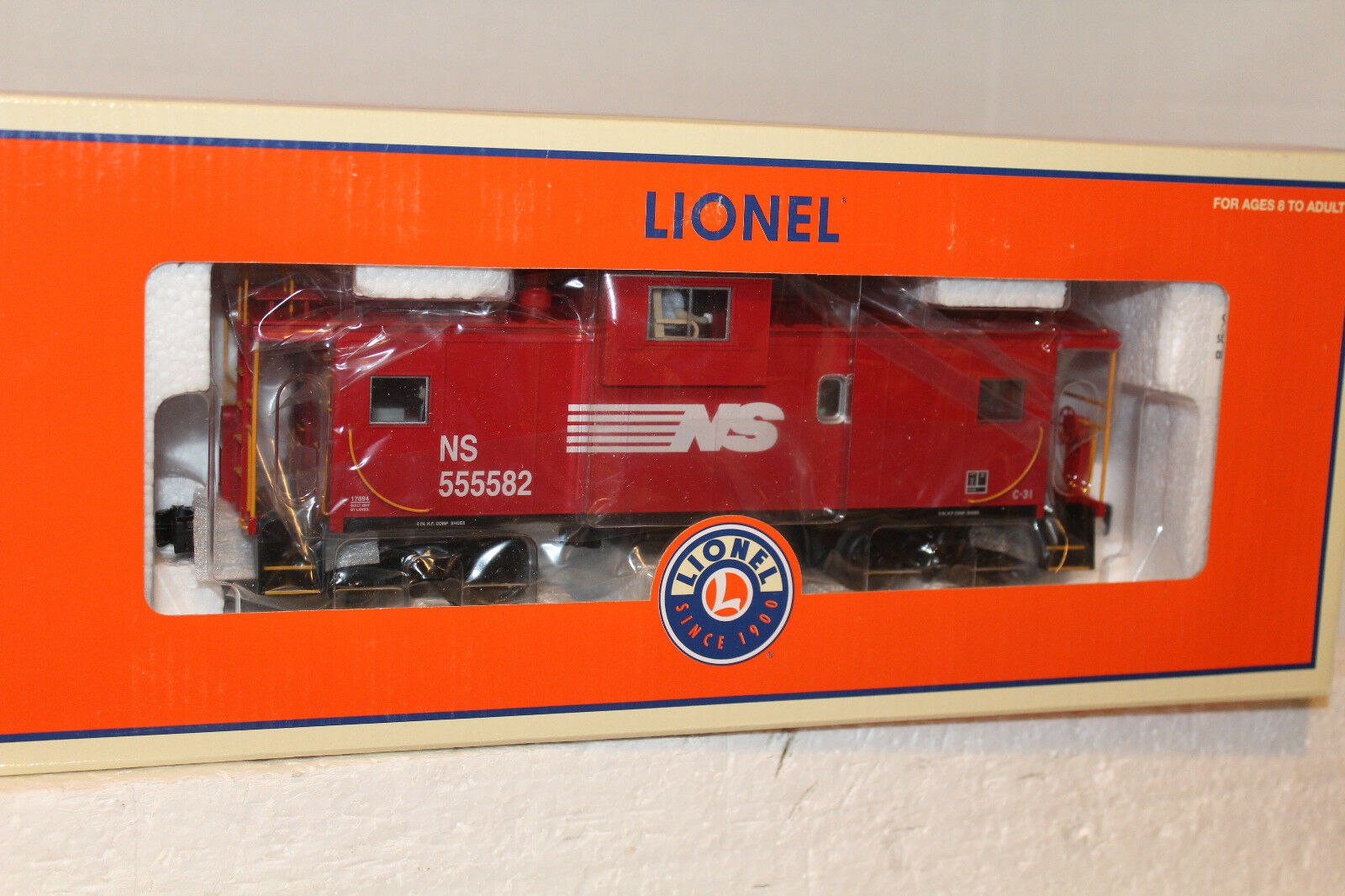 Lionel  17694 NORFOLK SOUTHERN EXTENDED VISION CABOOSE