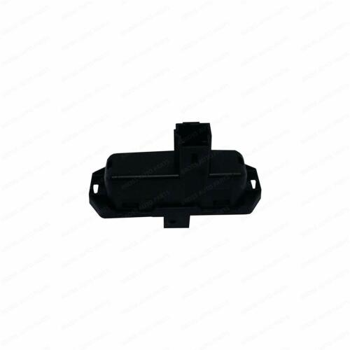 Tailgate Boot Switch Button 8200385515 for Renault Clio 3