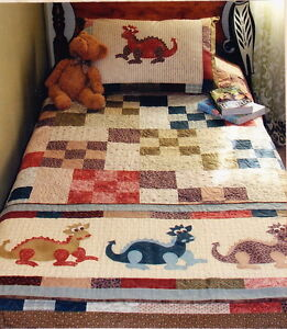 Daring-Dragons-applique-amp-pieced-quilt-runner-amp-pillowcase-PATTERN