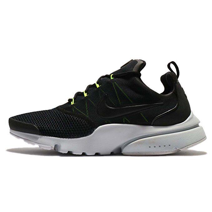 Nike Uomo presto mosca scarpe senza coperchio.