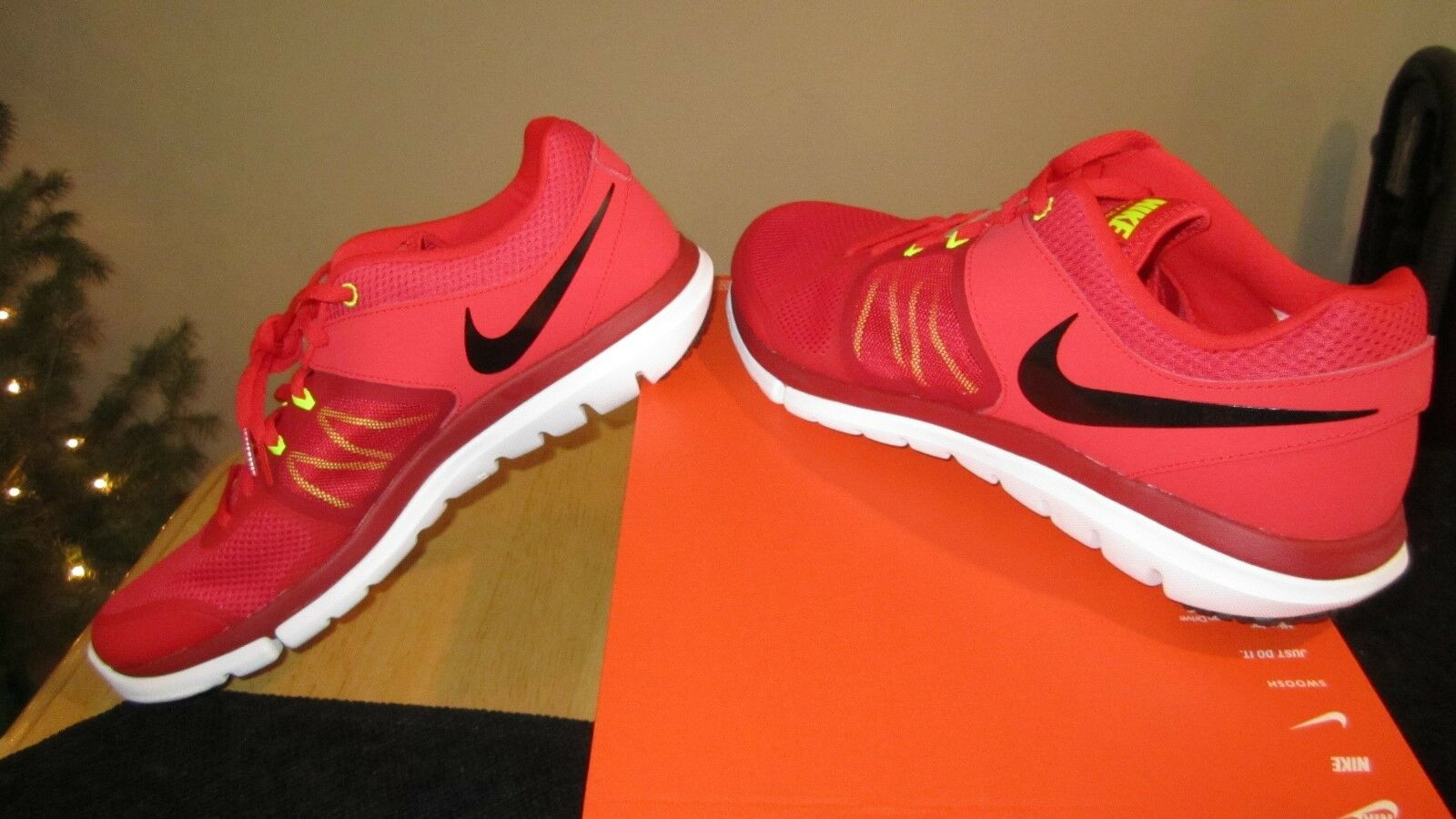 BRAND NEW GENUINE Nike Flex 2014 RN Size 11 Shoes Challenge Red 642791 602