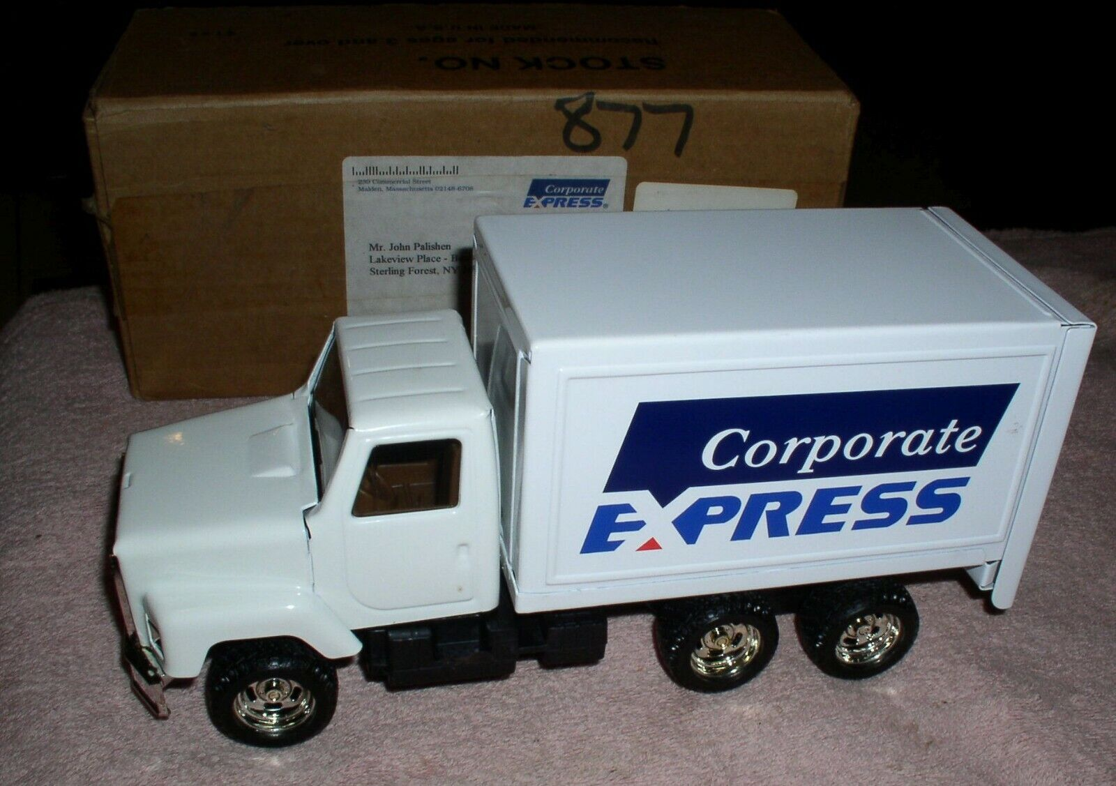 Ertl box truck Corporate Express MIB