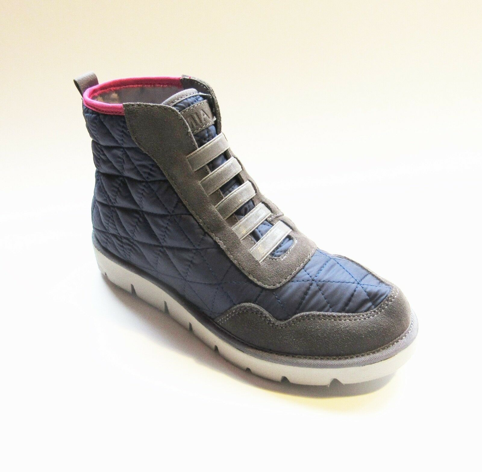 MIA High-top Quilted Blue Gray & Pink Sz Trainers Sneakers Sz Pink 6, 6.5, 7, 7.5 NWOB d1e46e