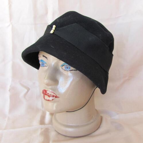 1950s VINTAGE LADIES BLACK FINE FELT HAT