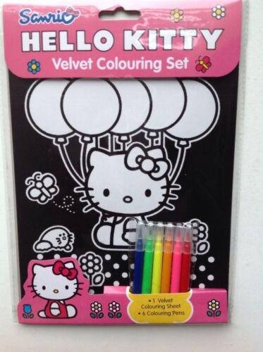 Hello Kitty Velvet Colouring Set
