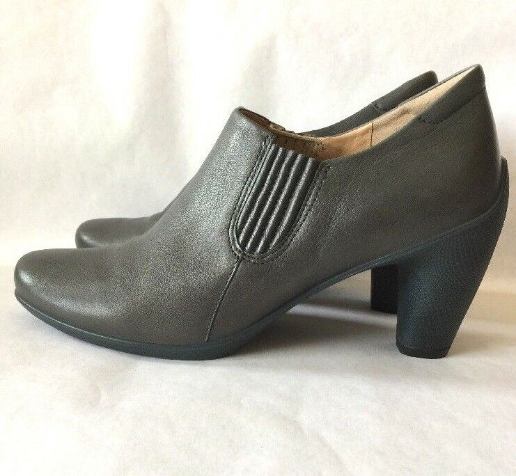 Women's ECCO Dark Gray Leather Heeled Ankle Boots US 10-10.5