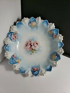 LARGE-RS-PRUSSIA-BOWL-IN-THE-CLOVER-AND-FLOWERS-MOLD-UNSIGNED