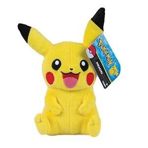 Tomy-Pikachu-Pluesch-hochwertiges-Pokemon-Stofftier-20-cm-zum-spielen-kuscheln