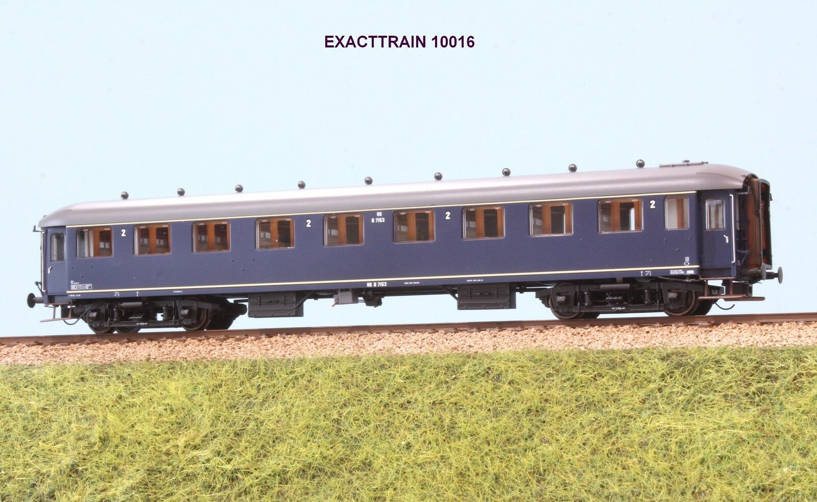 Exact Train EX 10016 NS Carriage 2 CL. 7153 Livery Prussian bluee Ep. III