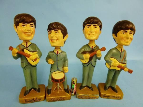 Vintage Muñeca de cabeza de agitación de los Beatles 4 Conjunto de cuerpo hecho en cerámica retro de Japón