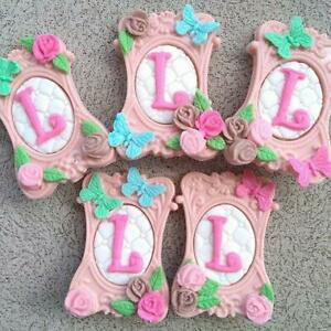 Edible-handmade-Photo-Frame-cake-topper-Personalised-Sugar-paste-decoration