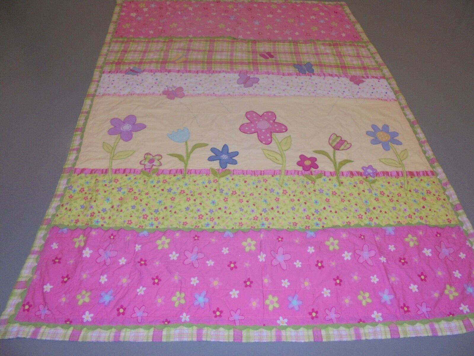 Cute Pink & Green w Printed & Applique Flowers & Butterflies Quilt