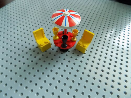 Lego Minifigure Accessory UMBRELLA Patio Table Set with Chairs and Drinks a