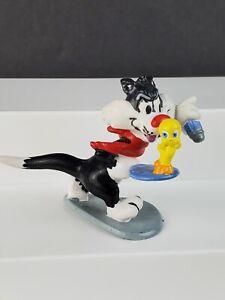 Warner Brothers Applause 1988 Sylvester Holding Tweety Bird PVC Figure