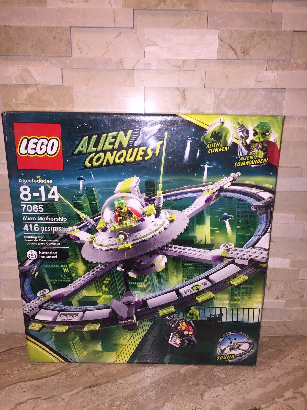 LEGO ALIEN CONQUEST LEGO set 7065 Alien  Vaisseau Mère  le moins cher
