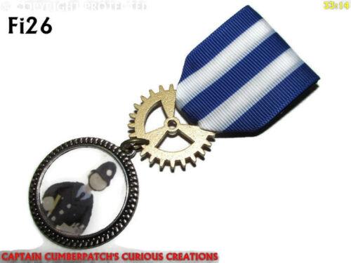 Steampunk Medal pin drape badge brooch PC McGarry Camberwick Green tv #Fi26