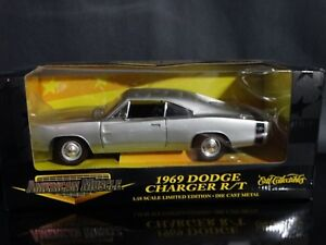 ertl american muscle 1969 dodge charger r/t silver 1:18 scale