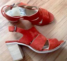 NEW ❤️Clarks❤️UK Size 9 (43 EU) Panary Honey Orange Suede Sandals Shoes RRP £70