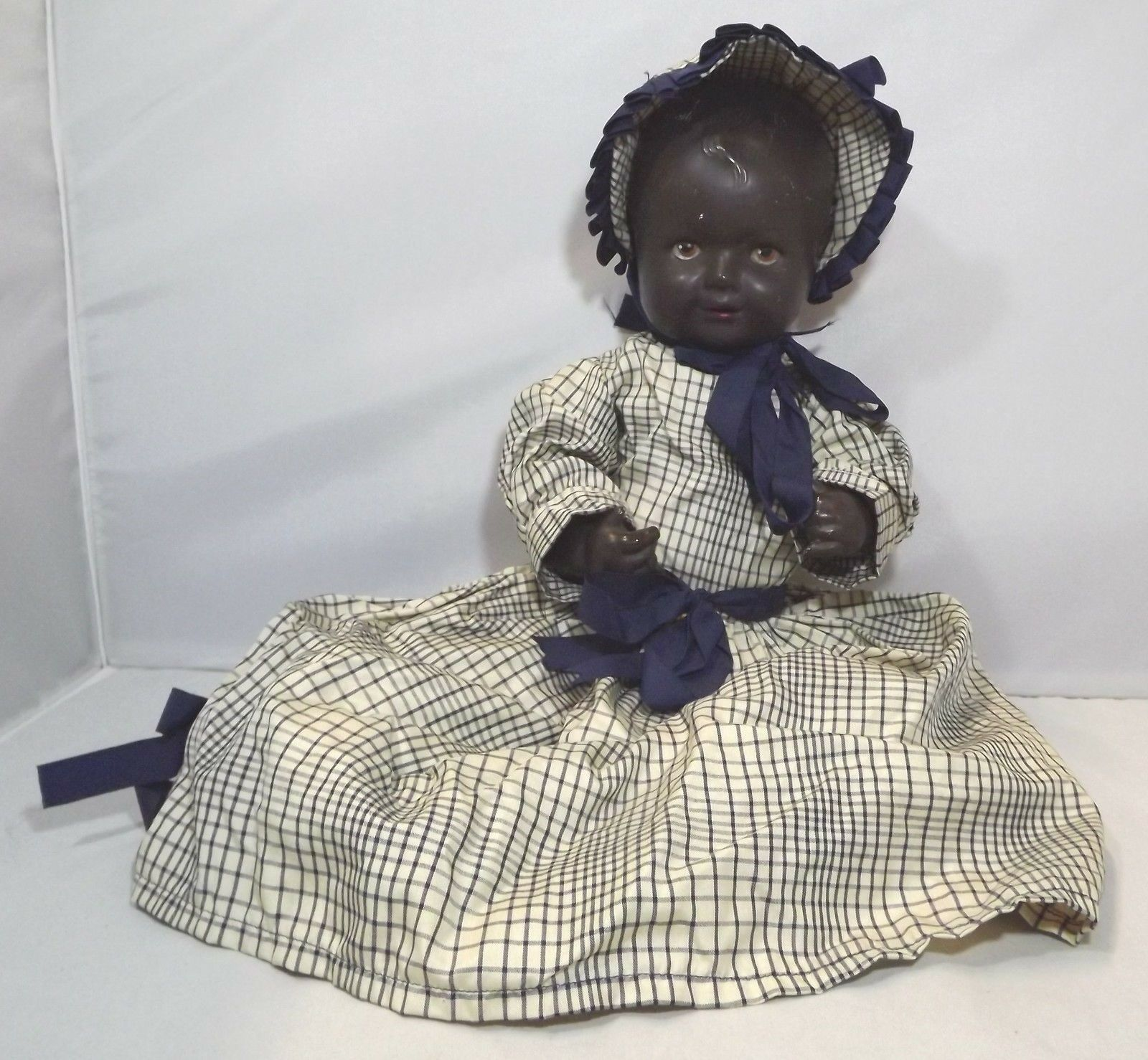 Vintage 1930s 40s 36cm schwarz Composition Bent-Limb Baby Doll Marked 'PB 3.35'