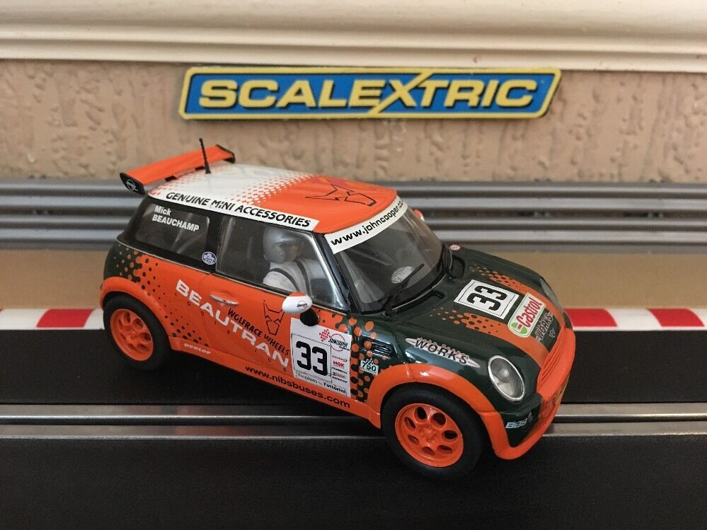 Scalextric Mini Cooper beautran No33 C2732 Perfecto Estado