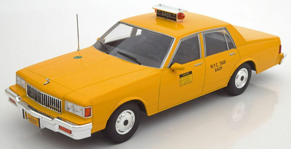 MCG 1991 Chevrolet Caprice New York City Taxi Yellow 1:18 Rare Find!*Nice!
