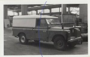 CLASSIC LAND ROVER PHOTO PHOTOGRAPH TRUCK VAN ON PICTURE IS KP0822D SEEN IN 1978