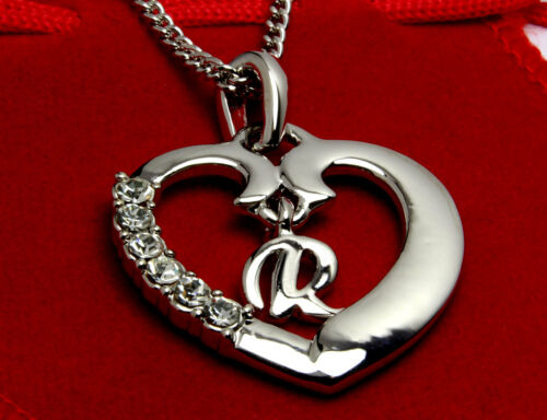 """Bridesmaid Stylish Wedding 18ct White Gold Plated Initial Heart Necklace /""""R/"""""""