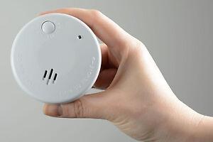2x-Mini-Fotoelectrica-Detector-de-humo-Audible-amp-Visual-Alarma-Pequeno