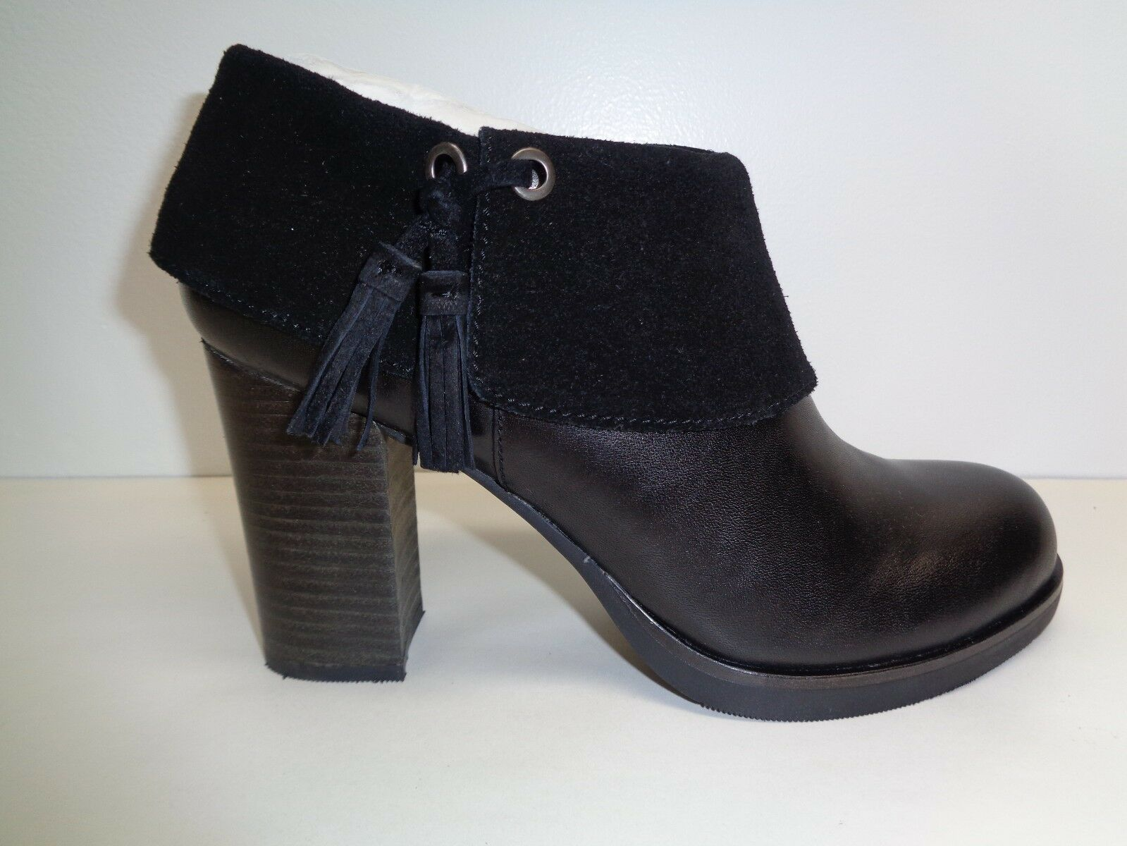 Tommy Bahama Size 6.5 M LENALUNA Black Leather Ankle Boots New Womens Shoes