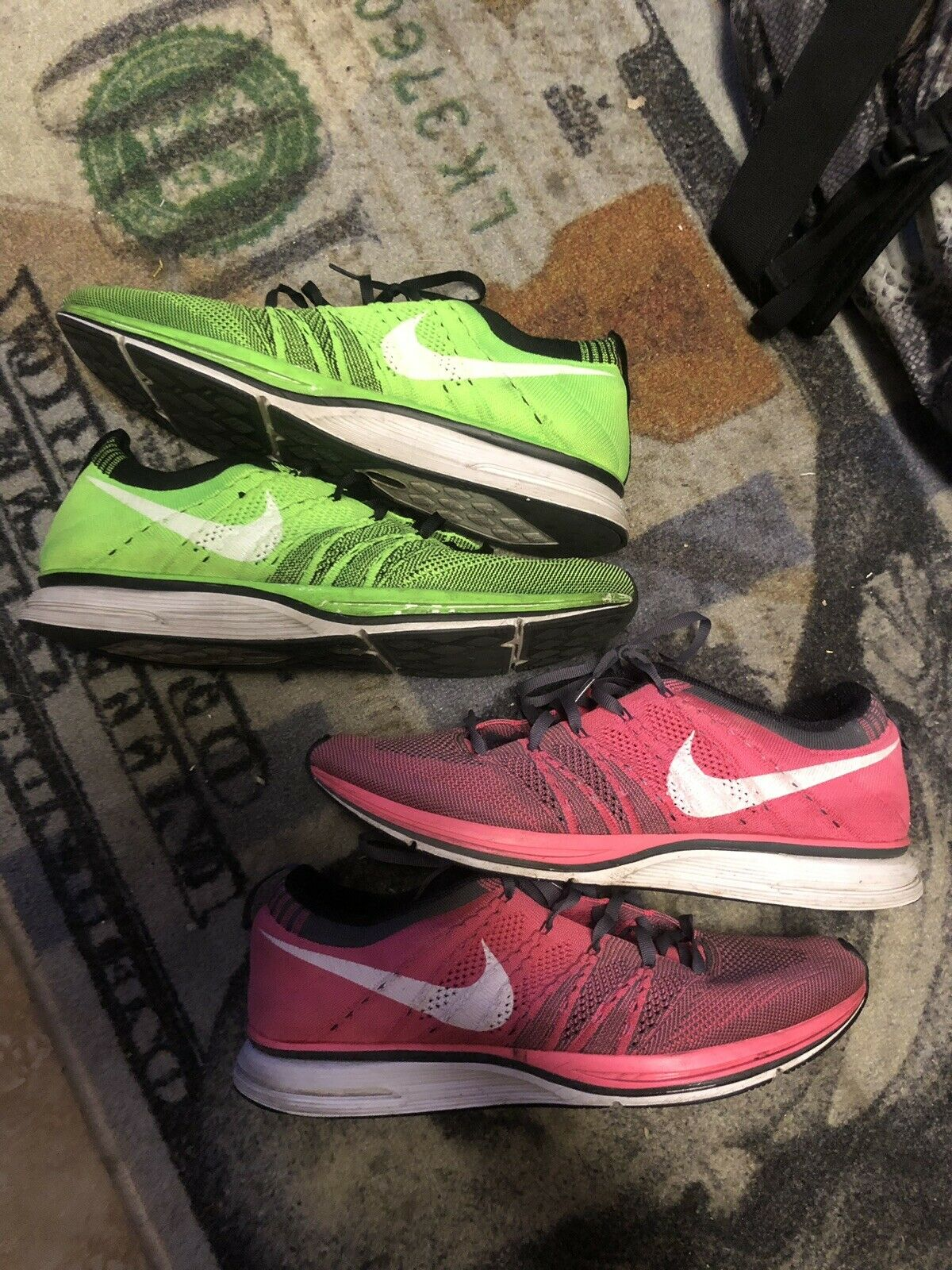 Nike Flyknit Trainer Electric Green & Pink Sz 10.5