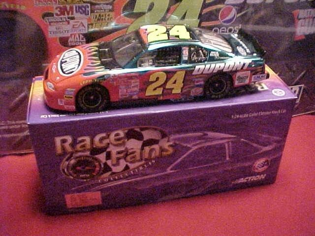 Nuevo 2001 Jeff Gordon 1 24 Dupont Coloree de Chrome coche