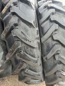 Two-13-6x38-13-6-38-8-ply-Ford-New-Holland-7635-Tube-Type-Tractor-Tires