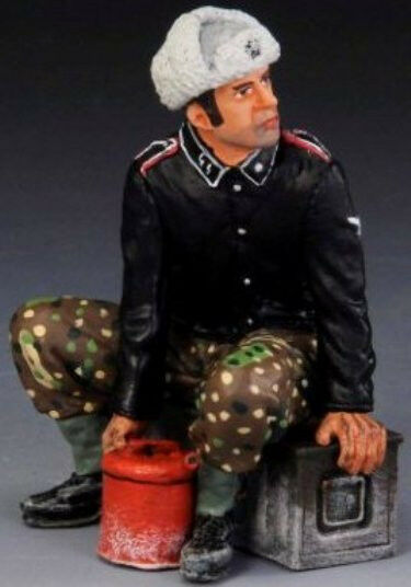THOMAS GUNN WW2 GERMAN SS047B TANK CREWMAN WINTER MIB