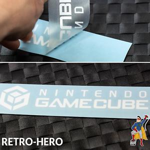 Gamecube-Aufkleber-Logo-Sticker-NINTENDO-KONSOLE-Weiss-NGC-Label-decal-17-x-3-8cm