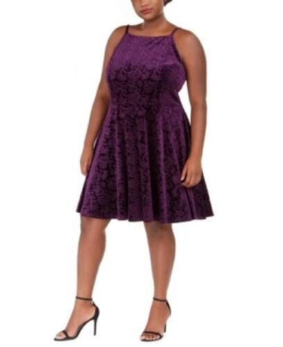 Saut à la mode encolure carrée taille plus en relief velours Fit /& Flare Dress violet, 1X