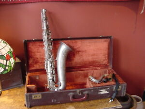 VINTAGE-WINDSOR-TENOR-SAXOPHONE-ELKHART-INDIANA-USA-TENOR-SAX-1940