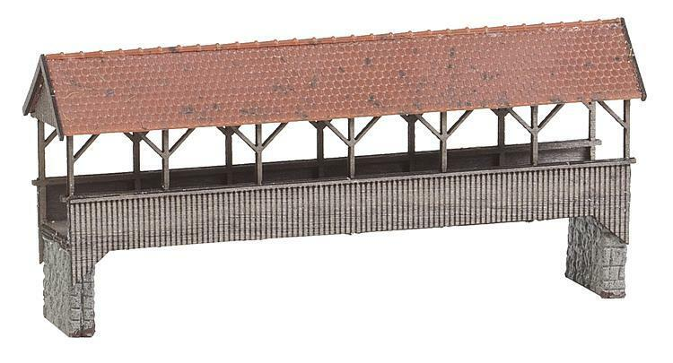 NEW HO Faller 120209 Roofed   Covered Pedestrian Bridge    Model KIT
