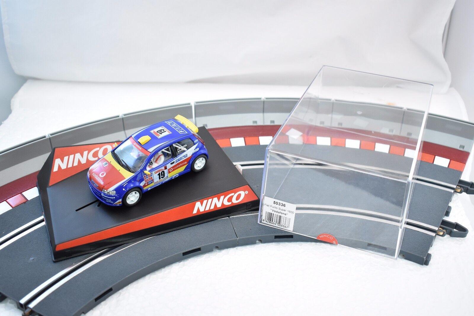 NINCO 50336 1 32 SLOT CAR FIAT PUNTO SUPER 1600  VODAFONE