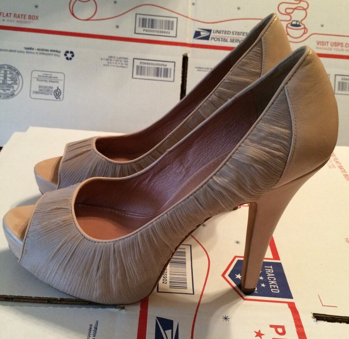 10 NEW Vince Camuto Beige Fabric & Leather Platform shoes