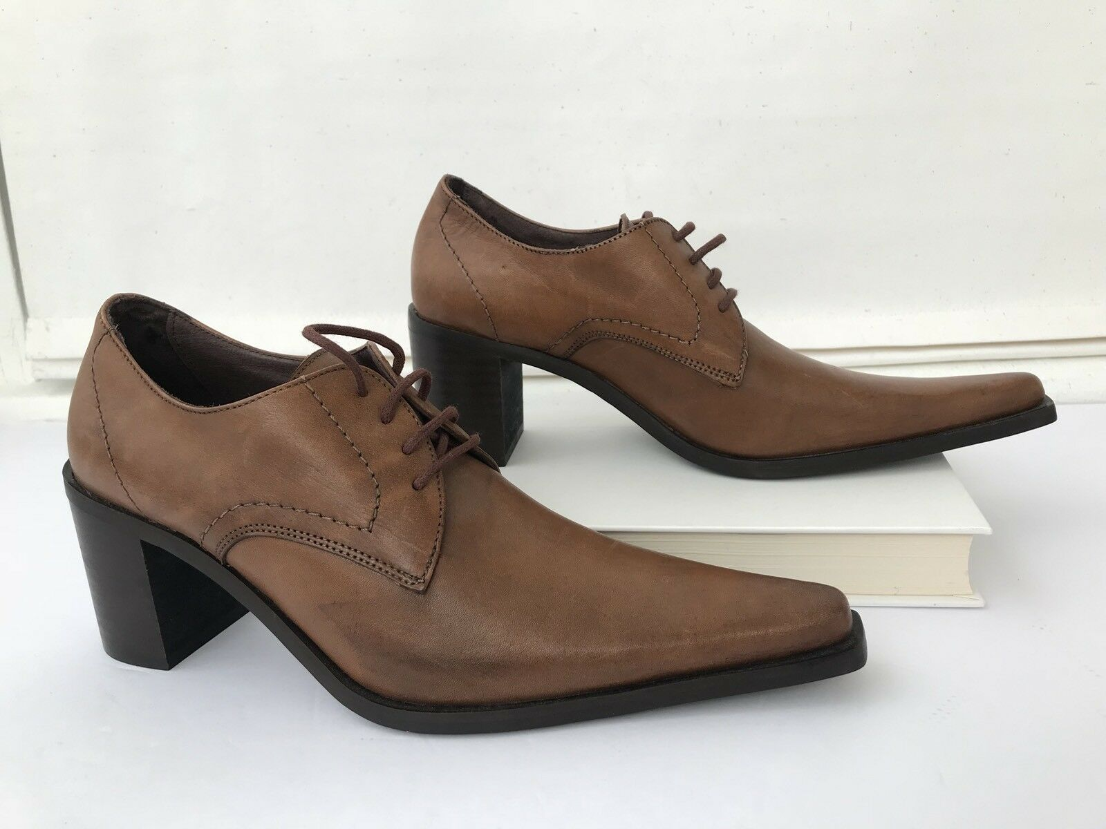 Women's Brogues shoes 36 US 6 Chunky Heels Long Pointy Toe Brown Space
