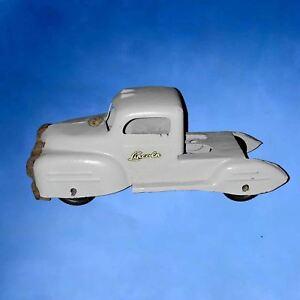 1940s-LINCOLN-Truck-Pressed-Steel-Toy-Original-CANADA