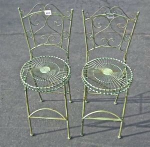 Set-of-2-Pub-Folding-Chairs-Antique-Green-Finish-Iron
