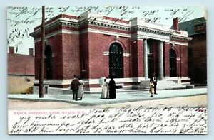 Nyack-NY-EARLY-c-1906-STREET-SCENE-VIEW-OF-BANK-POSTCARD-E7